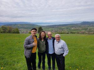 Rédactrice - Correctrice - Chargée de communication Béatrice Mogenier avec les Chefs Hubert Chanove et Jean-Marie Chanove, et avec Claude Legras - Le Floris - Anières (Genève)